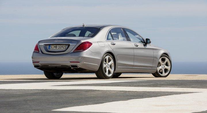 Location mercedes benz classe s europcar belgique for Mercedes benz belgique