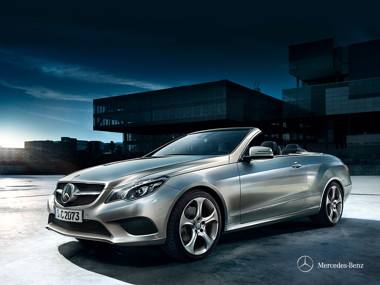Location mercedes benz class e cabrio europcar belgique for Mercedes benz dealer locations